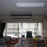 安城市の中学校の特別教室の空調工事を行っています。